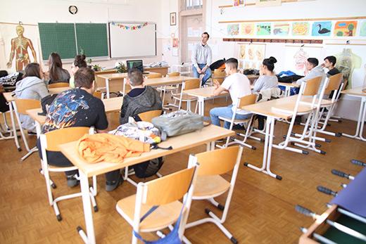[Prevenciós iskolai foglalkozás fotó]