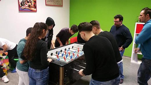 [Csocsó- és pingpongbajnokság az Alter Ifjúsági Irodával - fotó]